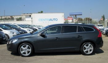 VOLVO V60 D4 Geartronic 163cv Business completo