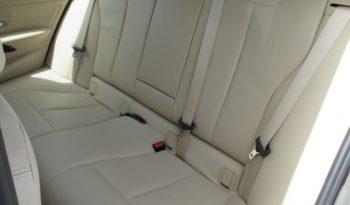 BMW 320d Touring xDrive 184cv completo