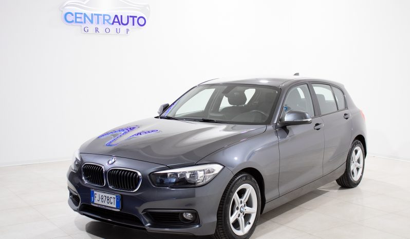 BMW 118d 5 Porte Advantage completo